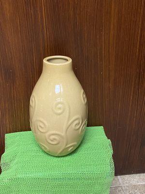home interios corn yellow ceramic vase for Sale in Dallas, TX