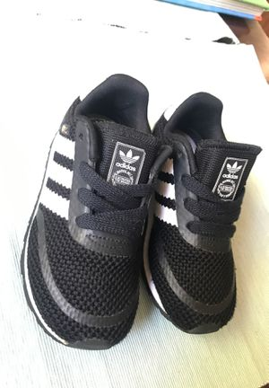 Toddler ADIDAS Tennis shoes size 8 for Sale in Compton, CA