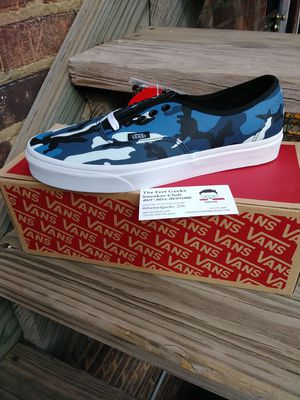 VANS AUTHENTIC CAMO MENS SHOES SIZE 9.5 NEW WITH BOX $65 for Sale in Cleveland, OH