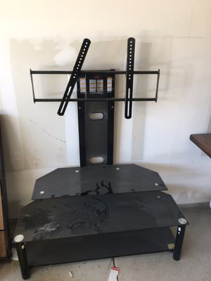 Tv stand holds up to 60 inch tv for Sale in San Antonio, TX