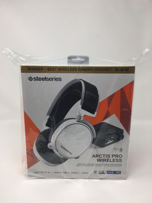 NEW SteelSeries Arctis Pro Wireless Headset PS4 PC for Sale in Corona, CA