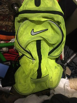 Nike flouresent mesh backpack for Sale in Seattle, WA