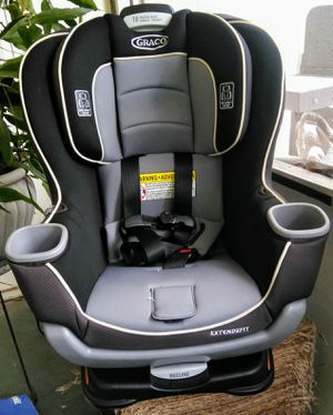 Graco Extend2Fit Convertible Car Seat for Sale in Kissimmee, FL