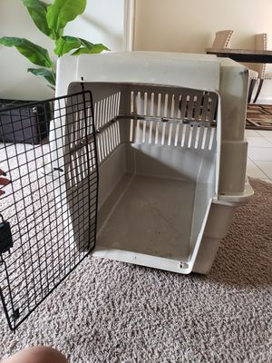 Dog crate for Sale in Spring Hill, FL