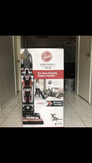 New Hoover Wind Tunnel 3 Vacuum. for Sale in Houston, TX