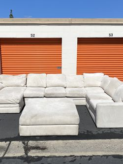 Sectional Couch for Sale in La Mesa,  CA