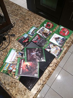 Xbox one and games for Sale in Miami Gardens, FL