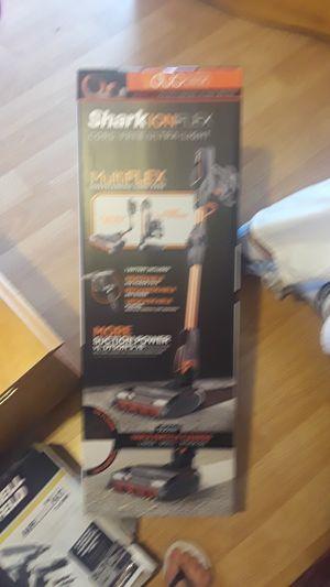 Shark ION FLEX cord-free ultra light vaccuum for Sale in Merced, CA