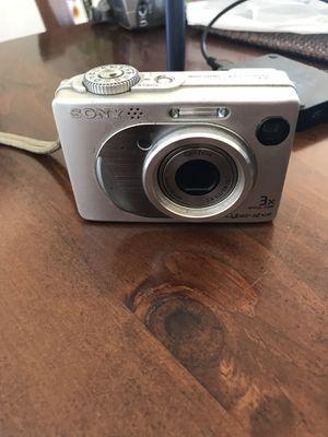 Sony Cybershot (DSC-W1) 5MP Digital Camera for Sale in Los Angeles, CA