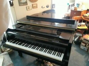 Yamaha Baby Grand Piano G2 J 3010935 for Sale in Boston, MA