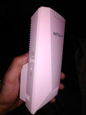 Netgear nighthawk tri band WiFi extender/repeater for Sale in Spokane, WA