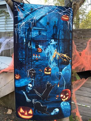 """Hanging Spooky Glow-in-the Dark Halloween Cotton Decor. Approximately 22"""" by 44"""" for Sale in Chicago, IL"""