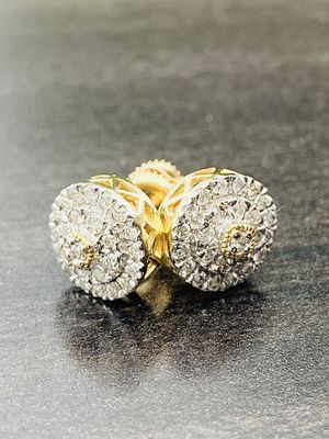 YELLOW GOLD 10KT .50ct DIAMONDS STUD EARRINGS MENS OR LADIES for Sale in Sugar Land, TX
