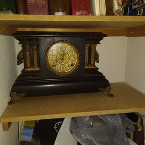 Antique Mantel Clock for Sale in Humble, TX