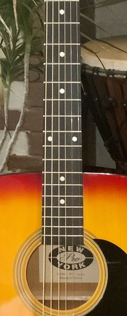 Acoustic Guitar- Like New Cherry Sunburst New York Pro Dreadnaught Package- Ready To Play Today! for Sale in Pittsburgh,  PA
