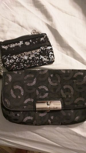 Coach party wristlet for Sale in Cleveland, OH