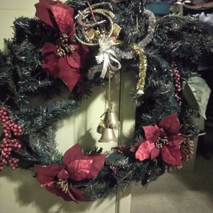 !! Holiday Wreath with Golden Bells for Sale in Los Angeles, CA