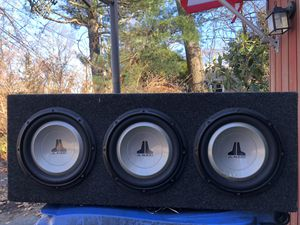 "JL Audio 3 10"" subwoofers with box and 1- 500 watt 4 channel amp for speakers, 1- 800 watt mono amp for subs for Sale in Ledyard, CT"