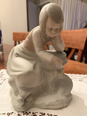 Nao by lladro figurine for Sale in Hayward, CA