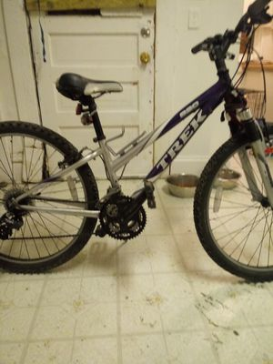 Trek moutain bike for Sale in Columbus, OH