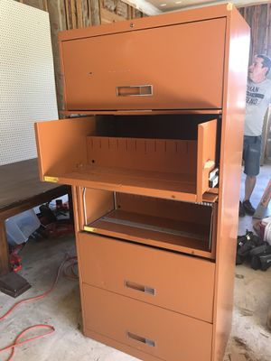 Metal File cabinet with five pull out shelves for Sale in Woodbridge, VA