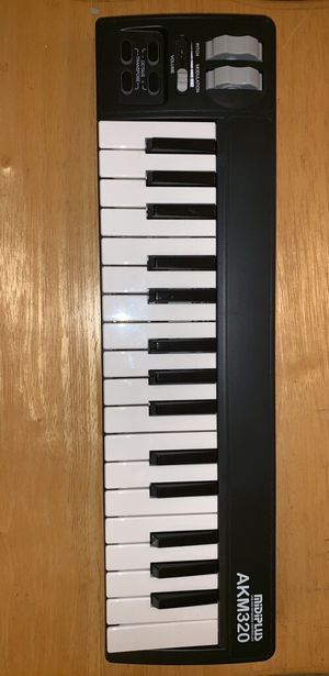 MIDI keyboard for Sale in Versailles, KY