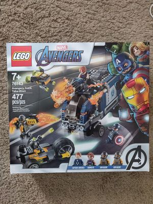 LEGO Avengers truck take-down (477 pieces) building toy for kids 7+yrs captain america Hawkeye aim agent mini figures and vehicles for Sale in Seattle, WA