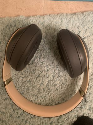 Beats studio 3 wireless for Sale in Pulaski, TN