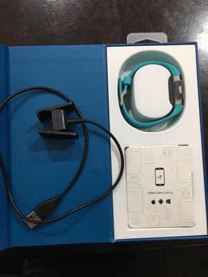 Fitbit Charge 2 Heart Rate + Fitness Wristband, Teal for Sale in Houston, TX
