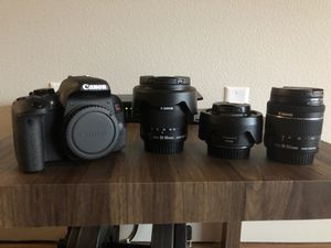 Canon T7i with multiple lenses and accessories for Sale in Eugene, OR