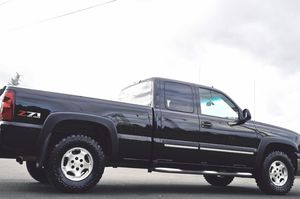 EXCELLENT FAMILY TRUCK CHEVY SILVERADO LT for Sale in Providence, RI