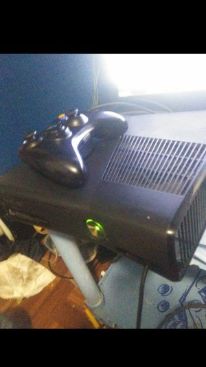 xbox360 slim for 60 for Sale in Fresno, CA