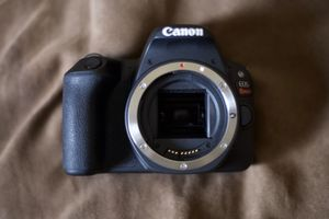 Canon Rebel sl2 for Sale in The Bronx, NY