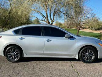 2015 Nissan Altima Clean Title 112k Miles for Sale in Phoenix,  AZ