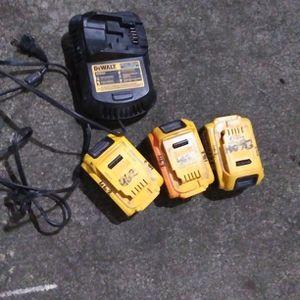 3 Dewalt 20 V Batteries And Charger for Sale in Everett, WA