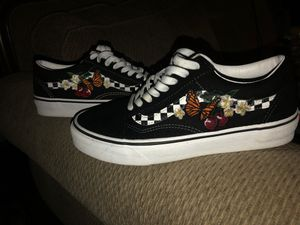 Butterfly checkered vans for Sale in La Mirada, CA