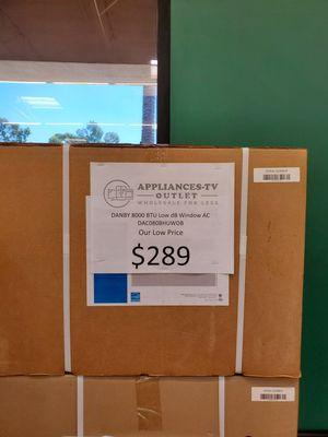 Danby 8k btu window ac unit for Sale in City of Industry, CA