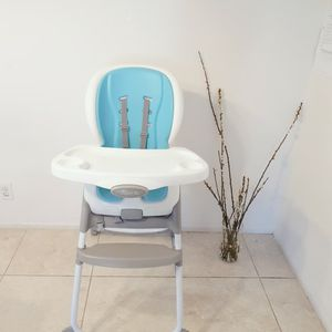 Ingenuity Trio Elite 3-in-1 High Chair - High Chair, Toddler Chair, and Booster for Sale in Irvine, CA