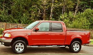Ford well maintained perfect 2002 F150 Lariat for Sale in San Antonio, TX