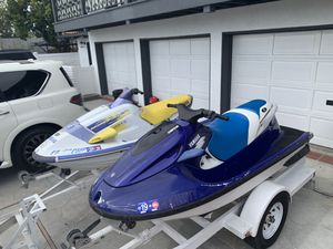 2 yamaha jetskis and trailer for Sale in Newport Beach, CA