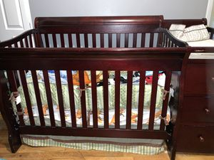 Brown Convertible Baby Crib. for Sale in Aurora, CO