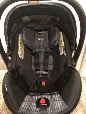Britax B-Safe 35 Elite Car Seat & Base for Sale in Frisco, TX