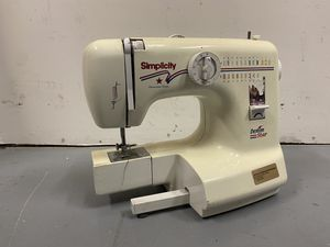 Sewing machine for Sale in Las Vegas, NV