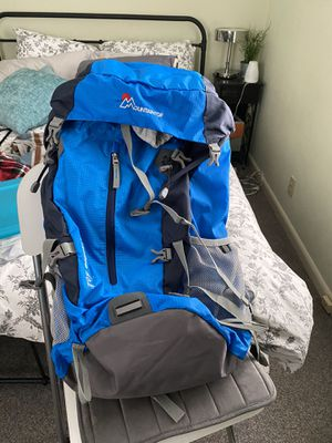 Mountain Top 50L backpack for Sale in Seattle, WA