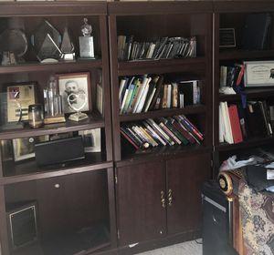 3 columns mahogany bookshelves for Sale in Snellville, GA