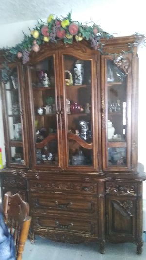 Antique china hutch for Sale in Kearns, UT