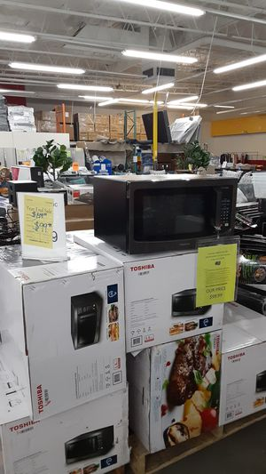 SALE!Toshiba EM245A5C-BS microwave for Sale in Chino, CA