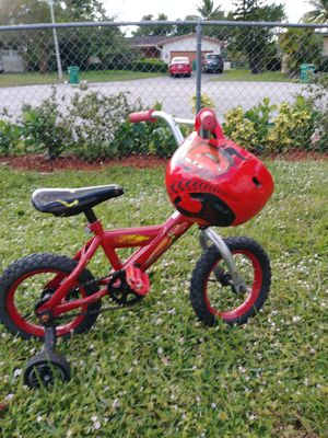 Bike for toodler with helmet for Sale in Pompano Beach, FL