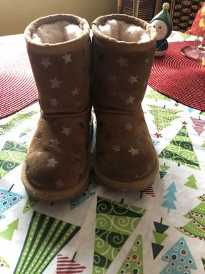 Ugg's little girl boots size 8 for Sale in Fresno, CA