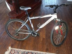 """Trek Apha 4300 mountain bike 26"""" ... Perfect for men or women ( no trades , price is firm $231 cash ) for Sale in Plano, TX"""